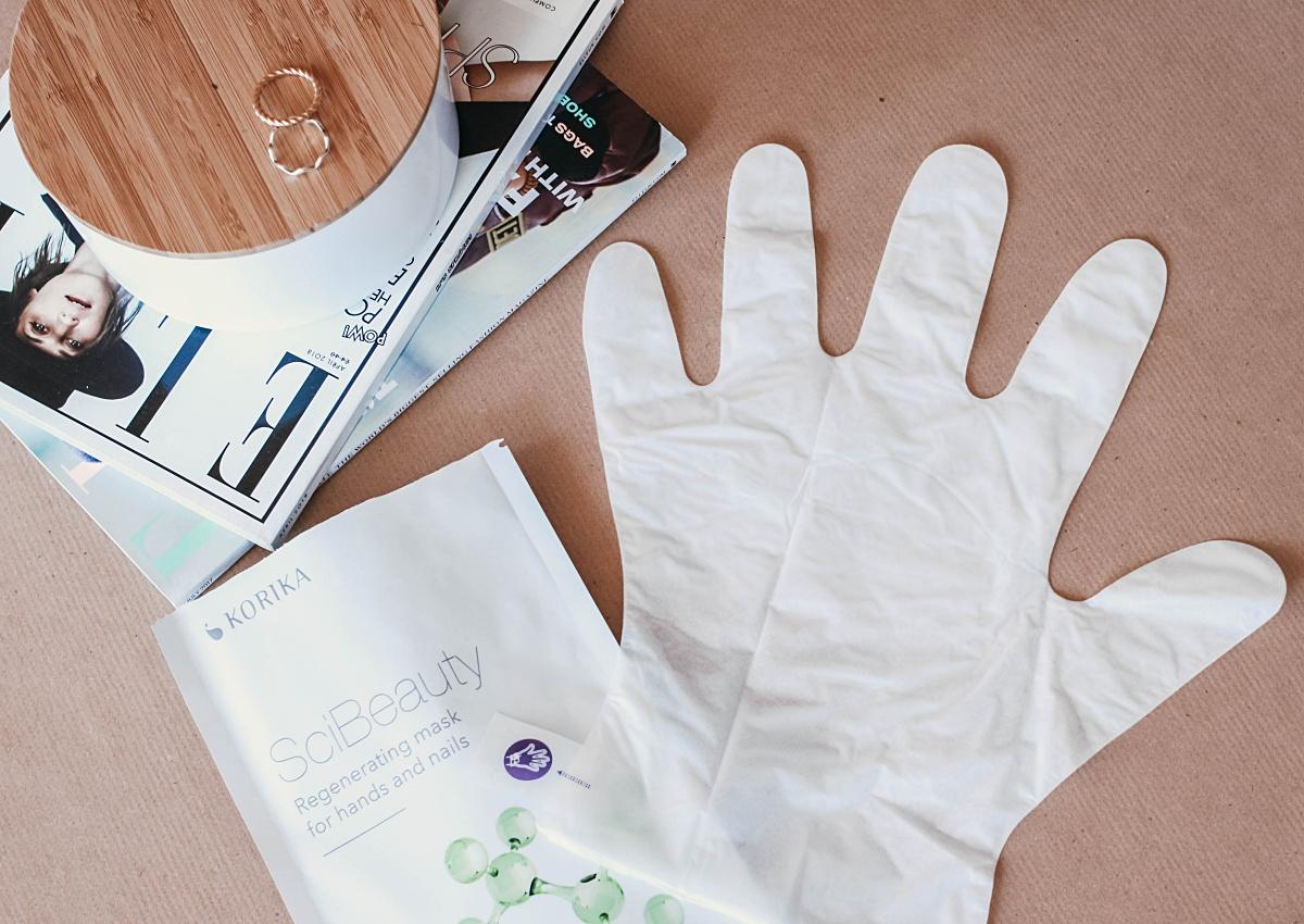 máscara de mãos, reparar mãos secas